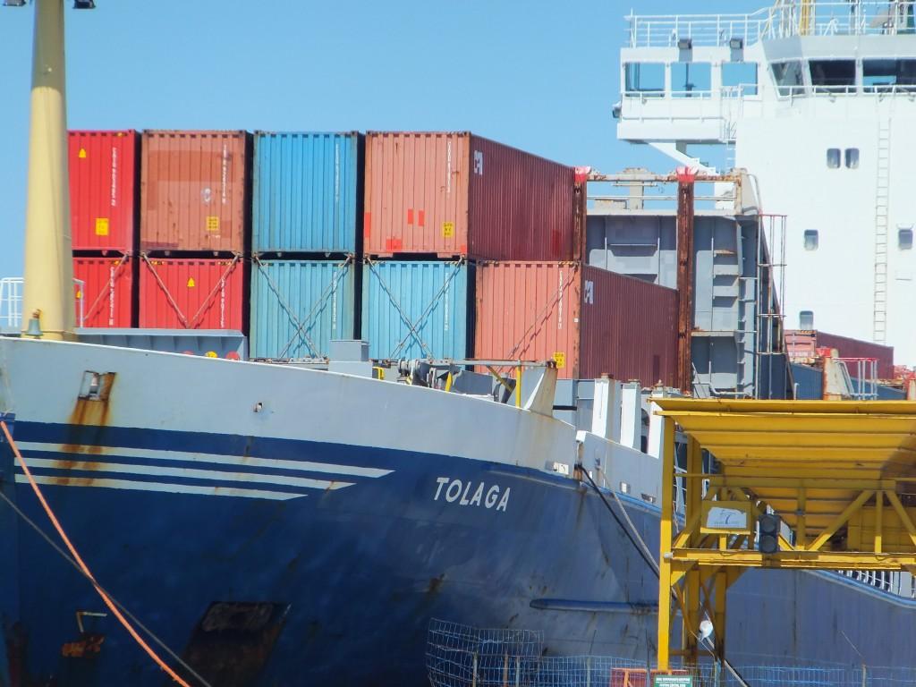 Ocean freight banner shot